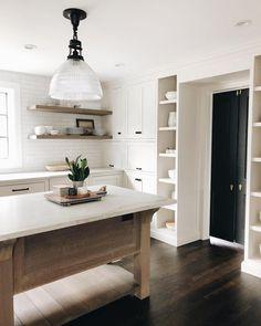 Simple clean modern farmhouse kitchen