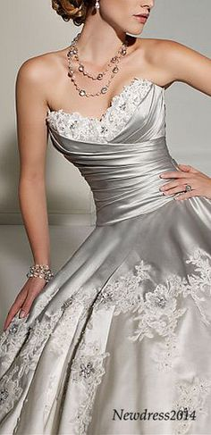 gorgeous sweetheart wedding dress