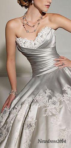 gorgeous sweetheart wedding dress