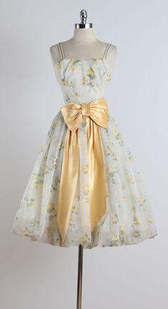 Golden Days . vintage 1950s dress . vintage by millstreetvintage