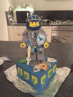 Nexo knight cake birthday party