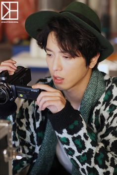 "cnbluecl: ""150216 Jung YongHwa 1st album 'One Fine Day' Jacket & MV BTS Stills PART 1 cr: CNBLUE乐团吧 / Source: fncent.com CNBLUE.CL """