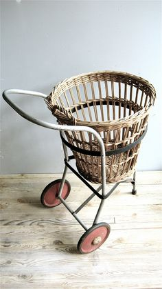 Vintage Basket cart