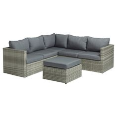 Complete loungeset bestaande uit een bijzettafel en loungebank. Incl. kussens. #tuin #loungebank #KwantumLente #loungeset