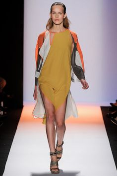 BCBG Max Azria Fall 2015 Ready-to-Wear Collection - Vogue