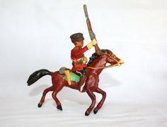 Giubba rossa a cavallo