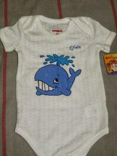 pañalero para bebe pintado a mano ballena