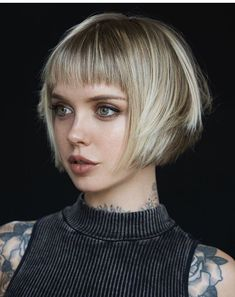 64 Wavy Bob Hairstyles That Look Gorgeous And Stunning - Hairstyles Trends Wavy Bob Hairstyles, Short Bob Haircuts, Celebrity Hairstyles, Long Hair Models, Hair Pictures, Hairstyles Pictures, Hair Today, Short Hair Cuts, Hair Trends