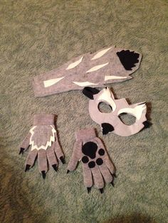 Big bad wolf costume out of felt and stretchy gloves