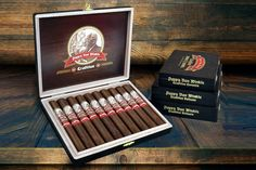 Cigar News: Drew Estate Ships Annual Release of the Pappy Van Winkle Tradition Pipes And Cigars, Cigars And Whiskey, Pappy Van Winkle Cigars, Drew Estate, Cigar Shops, Cigar Men, Premium Cigars, Cigar Humidor, Cigar Room