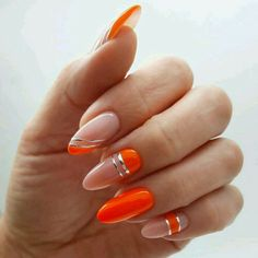 2020 Trendy Nails Art The best new nail polish colors and trends plus gel manicures, ombre nails, and nail art ideas to try. Get tips on how to give yourself a manicure. Almond Acrylic Nails, Cute Acrylic Nails, Pastel Nails, Almond Nails, Glitter Nails, New Nail Polish, Nail Polish Colors, French Nails, Nagellack Design