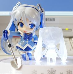 Snow Miku Nendoroid - Fluffy Coat Version