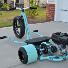 Powered Drift Trike Adult sized Big Wheels by Trike Daddy Customs Gas Powered Drift Trike, Drift Trike Motorized, Go Kart, Drift Trike Frame, Bike Drift, Drift Kart, Custom Trikes, Karts, Trike Motorcycle