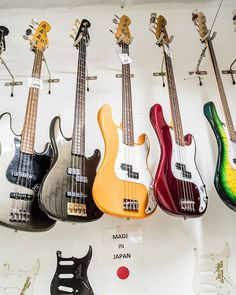 bass colors  #fender #fenderguitars #fenderbass #japan #tokyo #guitarshop #barcelona #jazzbass #precisionbass #love #wood # deco #music #gibson #color #insta #instagram #instaguitar #instago #go #travel