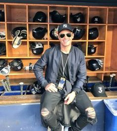 93da8f3fe5b Zac Efron Hangs Out In Yankees Dugout Wearing Ferragamo Jacket
