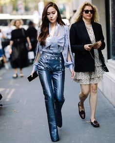 at couture Fashion Fashionist Design Fashions Statement Ideas Gifts Dress Clothes Hats Comfort Men Women Girls Boys Shirts Pants Slacks Prom Pictures Photos Yoona, Snsd, Sooyoung, Pop Fashion, Star Fashion, Fashion Brand, Fashion Outfits, Kim Woo Bin, Bae Suzy
