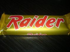Raider - i remember how annoyed i was when they changed the name to Twix (lame! Sweet Memories, Childhood Memories, Retro Pictures, Good Old Times, The Old Days, Getting Drunk, Do You Remember, Time Capsule, Raiders