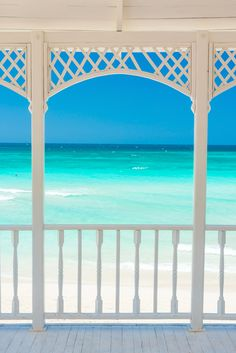 The Caribbean Beaches are definitely the closest thing to paradise on earth. 20 best Caribbean beaches to spend your next vacation are. Best Beaches In Maui, Cuba Beaches, Beaches In The World, Dream Vacations, Vacation Spots, Beach Vacations, Cities, Beach Weather, Driftwood Beach