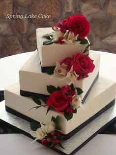 Wedding Cakes With Fresh Flowers | Floral cascade wedding cake | Flickr - Photo Sharing! #floralweddingcakes