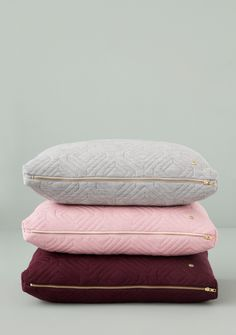 ferm LIVING Rose Quilt Cushion with Brass Zip l Available at Designstuff Modern Throw Pillows, Bed Pillows, Small Pillows, Design Shop, Design Bestseller, Grey Cushions, Throw Cushions, Modern Colors, Duvet