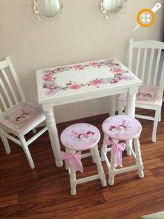 Drewniane krzesła samples malowanie