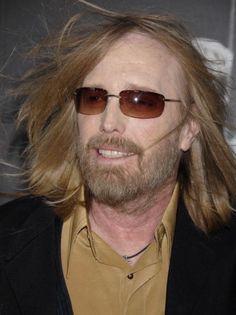 Beatles, Tom Petty T Shirt, King Bee, Judas Priest, Ozzy Osbourne, Pink Floyd, Cool Bands, Videos, Toms