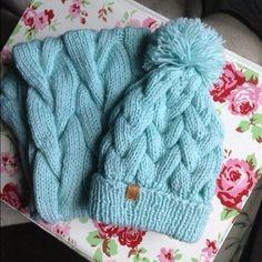 Knitted Hats, Winter Hats, Knitting, Inspiration, Fashion, Biblical Inspiration, Moda, Tricot, Fashion Styles