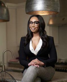 Professional Portrait, Sunglasses, Fashion, Moda, Fashion Styles, Sunnies, Shades, Fashion Illustrations, Eyeglasses