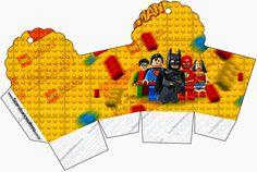 Lego Movie: Free Printable cupcake Boxes.