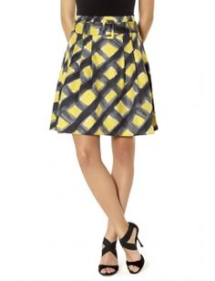 Perfect b/c I like yellow but can't wear near face so this would work out.