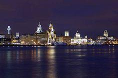 Liverpool skyline at night Liverpool Skyline, Liverpool City Centre, Liverpool Docks, Liverpool Home, Liverpool England, Night City, Ireland Travel, Best Cities, Great Britain