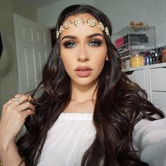 "Carli Bybel on Instagram: ""Filmed a Get ready with me video today!!! Boho style hair, makeup & outfit! *It will be up tomorrow! Sorry for the delay! Wearing two tracks of @bellamihair for thickness Code: Carlibel55 foroff!!"""