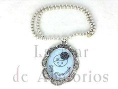 Colgante diseñado por Lamardeabalorios.com, lo puedes llevar con tu traje de flamenca
