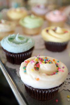 Magnolia Bakery's Buttercream Vanilla Icing Recipe