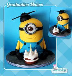 Graduation - 2-in-1 graduation and birthday minion cake