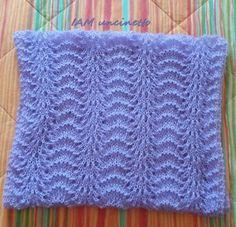 Sciarpa stola in mohair e filo di scozia lavanda chiaro lavorati ai ferri. Knitted mohair & cotton scarf. Stole. Handmade.