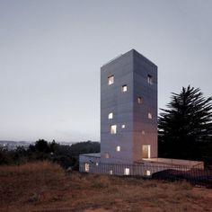 Cien House / Pezo von Ellrichshausen (CL - 2011)