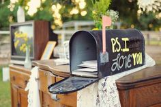 21 Insanely Fun Wedding Ideas - An old mailbox makes the perfect wedding card box