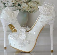 Cheap shoe station shoes, Buy Quality shoes tuxedo directly from China shoe fixtures Suppliers: Women Wedding Shoes Thin Heels High Heels Shoes Woman Beading Pearl Bride Shoes Woman's Pumps Dress Elegant Single Shoes Wedding Shoes Bride, White Wedding Shoes, Bride Shoes, Wedding Pumps, Dresses Elegant, Lace Pumps, Lace Shoes, Sr1, Butterfly Wedding