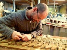 Ambachtelijke meubels en houtsnijwerk - Atelier Reudenroos