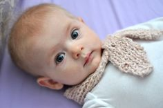 Baby Photo Accessory: Knitting Pattern Baby Scarflette (PDF)., via Etsy. // claradeparis.com ♥