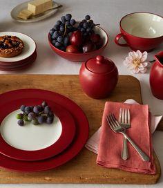 Colorwave Raspberry. http://noritakechina.com/colorwave-raspberry-3919.html #dinnerware #home #noritake #colorwave