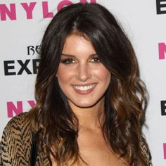 Shenae Grimes cheveux tie and dye …