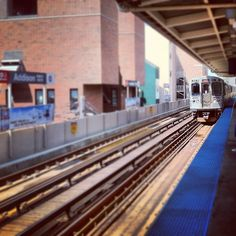 """@mjtam's photo: """"Here comes my dependable chauffeur. Always there when you need it. #Chicago @cta"""""""