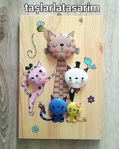 Sipariş #pano #kedi #hayvansever #cat #taşboyama #stonepainting #cute #tasarim #uygunfiyat #hediyelik #dizayn #artistoninstagram #instagood #artgallery #artwork #follow #doğal #naturel #like4like #smile #sweet #aksesuar