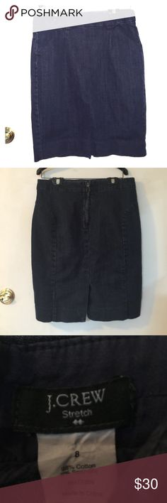 J.Crew pencil skirt Dark denim J.Crew pencil skirt pockets on the side zipper in the back slit in the back. 📦Bundles welcome 😎 👌🏻Offers welcome through offer button ❌No trades please🚫 📬Same/Next day shipping🎫 J. Crew Skirts Pencil