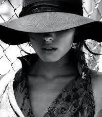 gorgeous. i need a hat like this for we fest!
