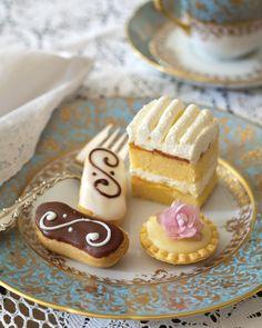 Cake Indulge sugar cravings with a sweet selection of miniature desserts.Indulge sugar cravings with a sweet selection of miniature desserts. Cupcakes, Fudge, Scones, Cake Bites, Tea Sandwiches, Sugar Cravings, Tea Recipes, Sweets Recipes, High Tea