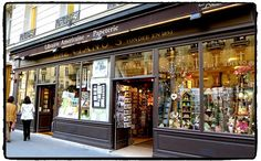 Brentano's Librairie. From 20 + Best English Bookstores in Paris