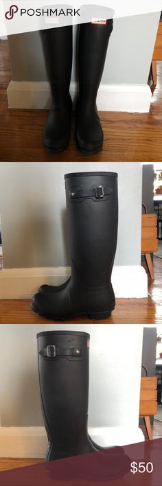 Hunter Classic Tall Boots Matte black, worn but in great condition. No cracks or holes. Size 9 female (size 8 male). Hunter Shoes Winter & Rain Boots